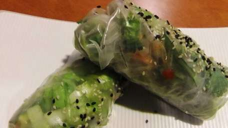Suprise: there's a creditable Vietnamese summer roll at