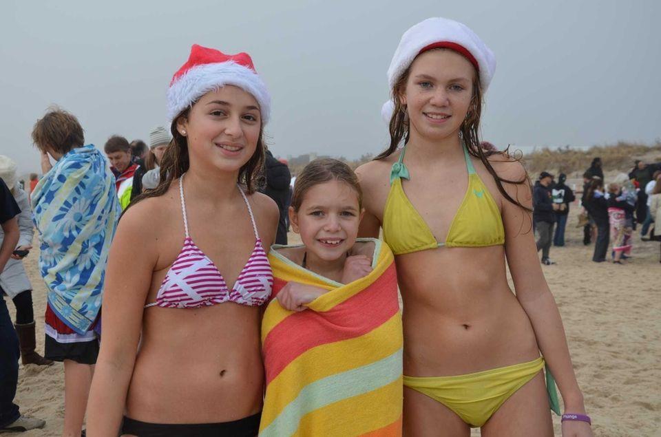 Water Mill residents Karmen Friedman, 13, Lucy Wesnofske,