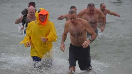 Hundreds of Long Islanders plunged into the Atlantic