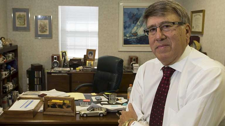 Financial planner Mark Snyder, 65, is not ready