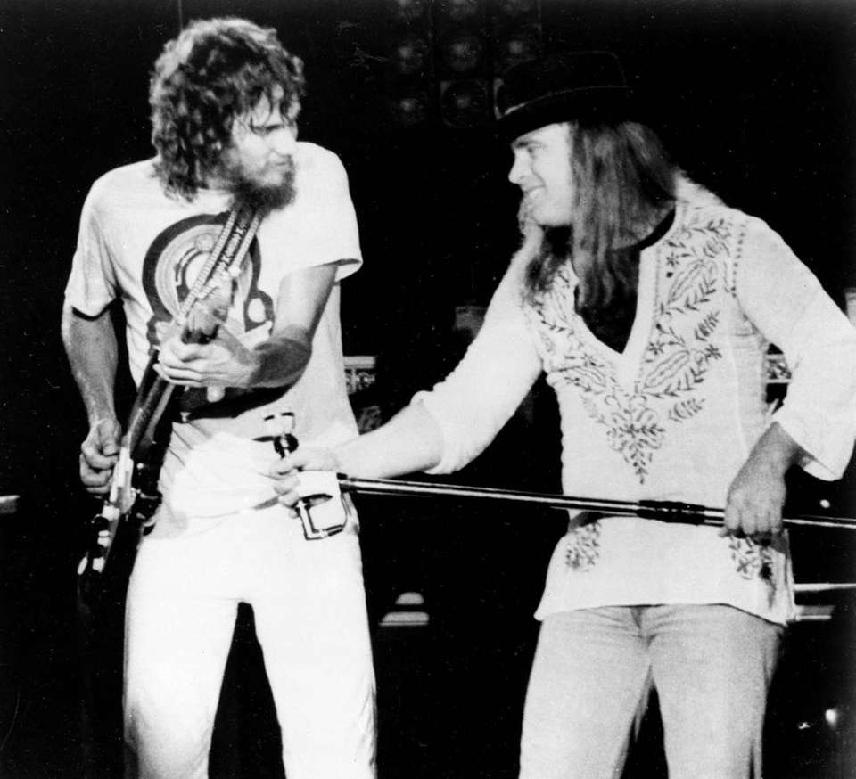 Oct. 21, 1977: Lead singer Ronnie Van Zant