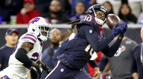 DeAndre Hopkins, one of the NFL's top receivers,