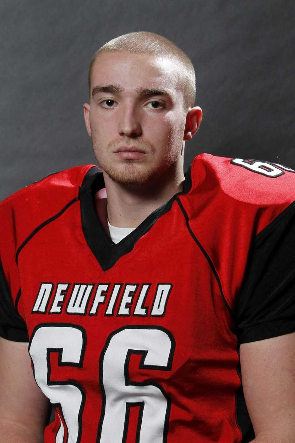 JAMES MANGINELLI Newfield, DT, 6-3, 255, Senior Had