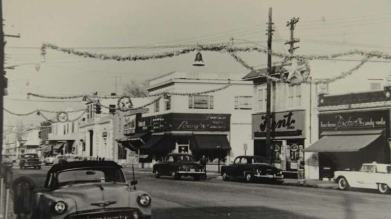 Shops lined Broadway in Amityville in the 1950s.