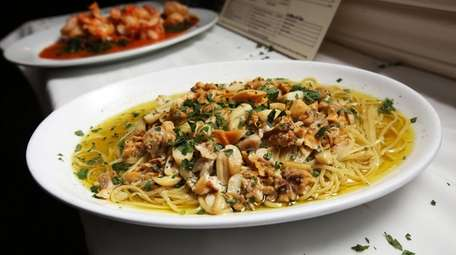 Linguine with white clam sauce at 388 Restaurant