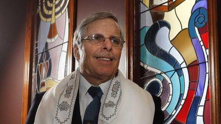 Rabbi Steven Moss has been at the same