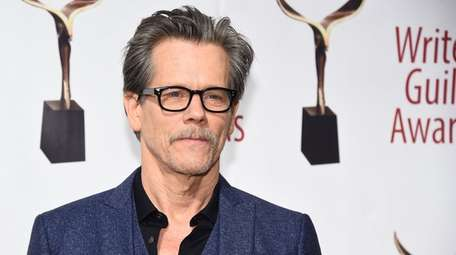 Kevin Bacon attends the 72nd Writers Guild