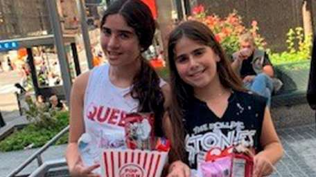 Sisters Danielle, left, and Rebecca Apfelbaum, who attend