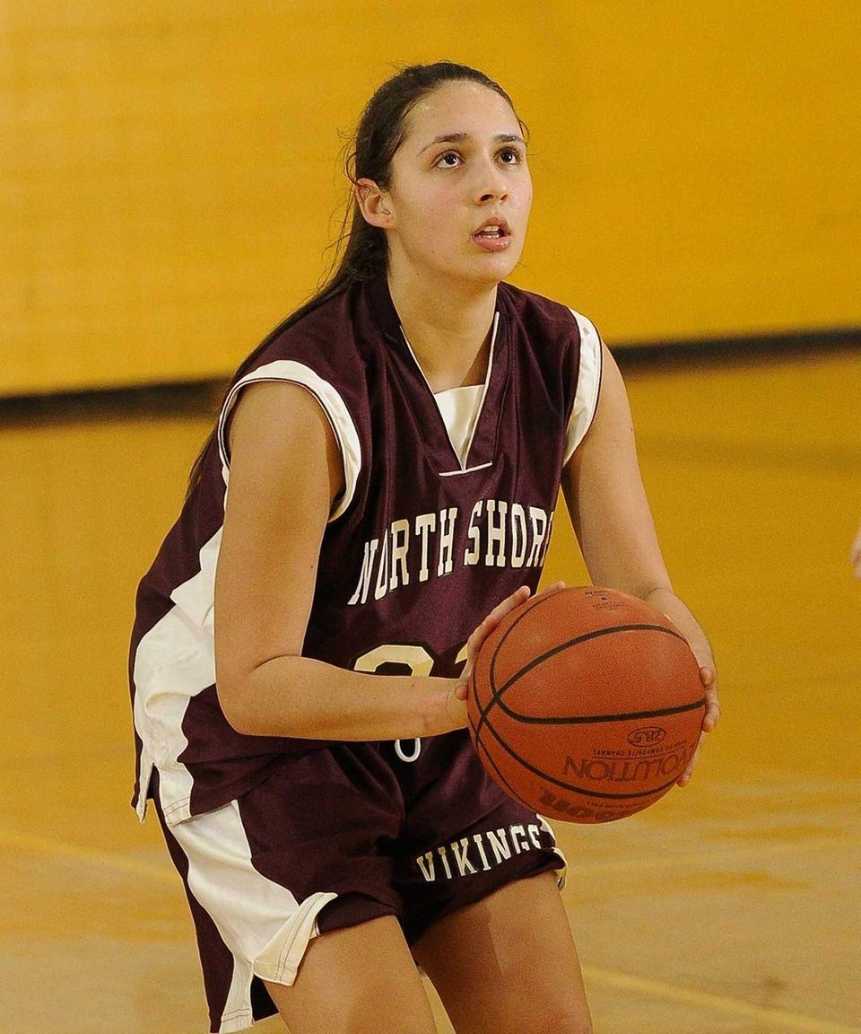 North Shore's Caroline Robertson shoots a free throw