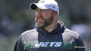 Newsday's Jets beat writer Al Iannazzonegives his analysis