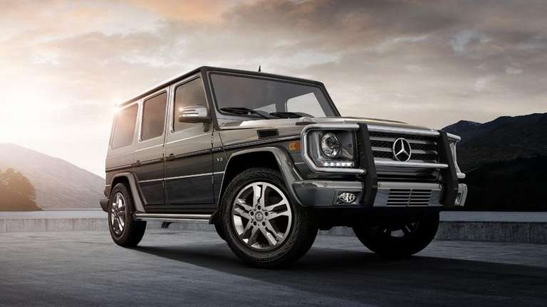 A reviewer says the 2013 Mercedes-Benz G550 SUV