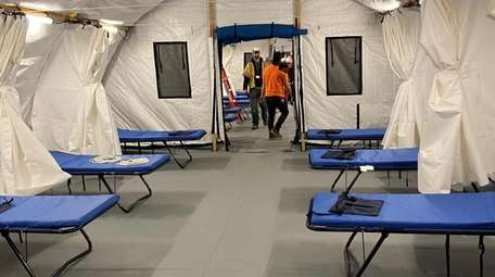Mount Sinai South Nassau's emergency department's medical tents