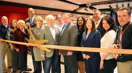 The Hicksville School District recently hosted a ribbon-cutting