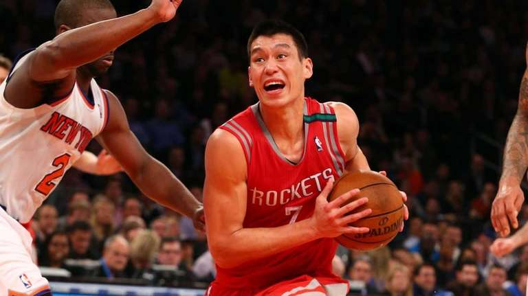 Jeremy Lin of the Houston Rockets drives to