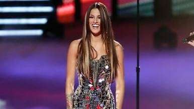 Cassadee Pope performs during