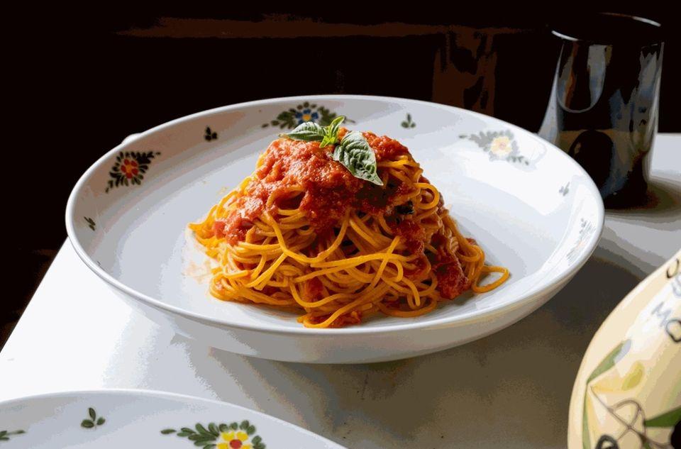 Springy, housemade spaghetti pomodoro at Osteria Morini (630