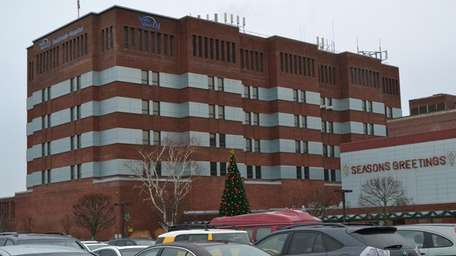 North Shore LIJ-Southside Hospital provides services in cardiology,