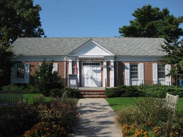 The Shelter Island Public Library