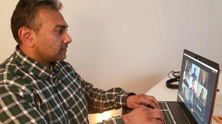 Vikram Rajan, co-founder of Kings Park-based phoneBlogger.net &