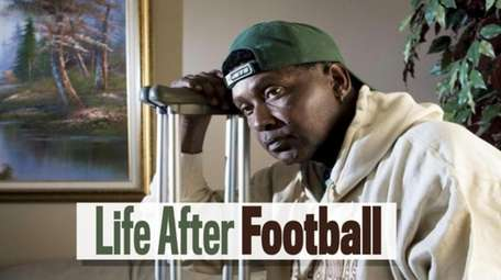 Newsday explores why so many former NFL players