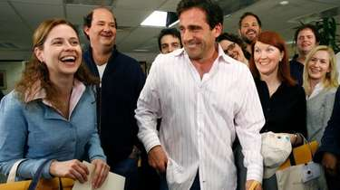 Co-stars Jenna Fischer, left and Steve Carell, center,