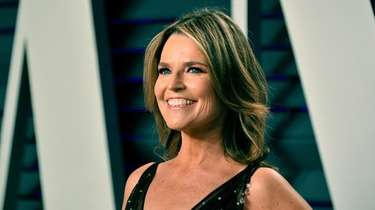 Savannah Guthrie attends the 2019 Vanity Fair Oscar