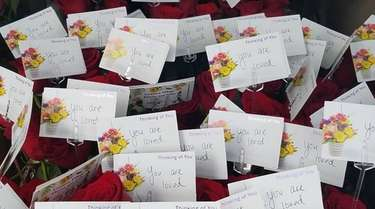 Jeanine Amato donated 160 red roses to Momentum
