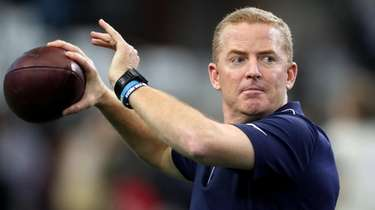 Former Cowboys head coach Jason Garrett, above, now