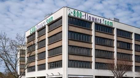 1-800-Flowers wants to move its headquarters from this