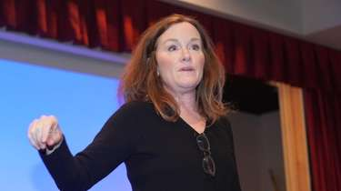 Rep. Kathleen Rice (D-Garden City) at a town