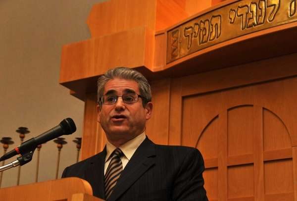 Rabbi Shaul Praver of Congregation Adath Israel in