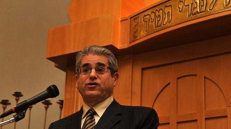 Rabbi Shaul Praver of Congregation Adath Israel in