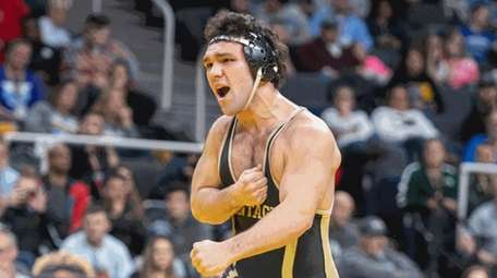 Matt Rogers of Wantagh celebrates the win over