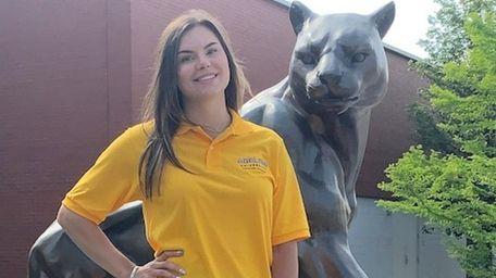 Dakota Terenzi, 21, a psychology major at Adelphi