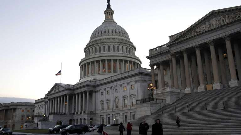 President Obama and members of Congress return to