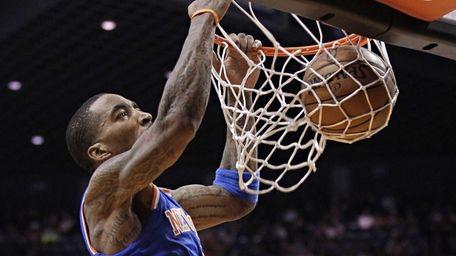 J.R. Smith dunks against the Phoenix Suns. (Dec.