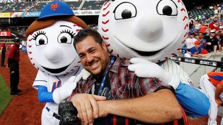 New York Post sports photographer Anthony Causi shares