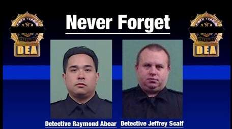 NYPD detectives Raymond Abear and Jeffrey Scalf died
