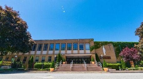 Kellenberg Memorial High School in Uniondale plans a