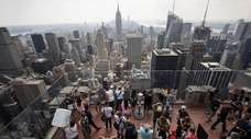 Stopping at New York City's major tourist destinations