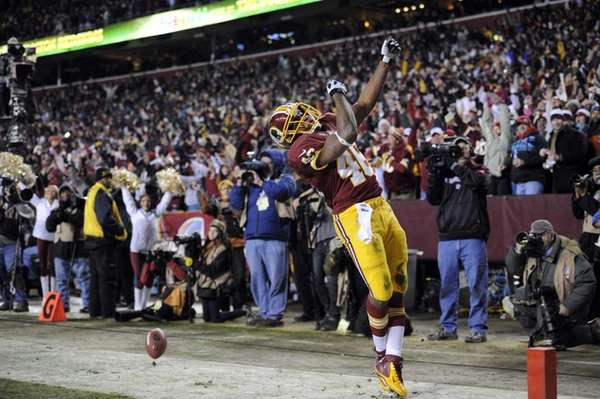 Washington Redskins running back Alfred Morris celebrates his