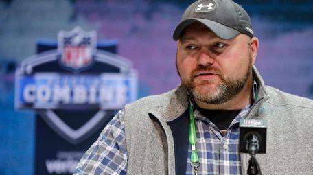 Jets general manager Joe Douglas speaks during a