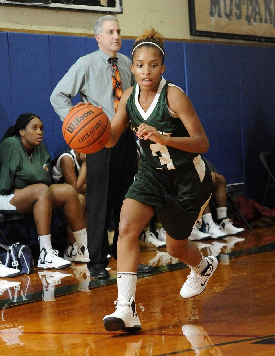 Elmont's Sahadia Cadet controls the ball during a