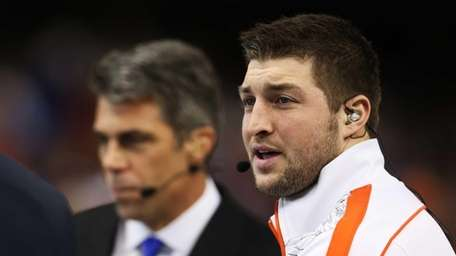 Tim Tebow is interviewed before the Allstate Sugar