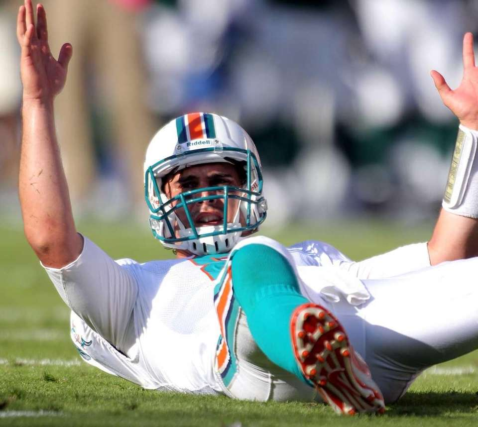 MATT MOORE Position: Quarterback Age: 28 Status: Unrestricted