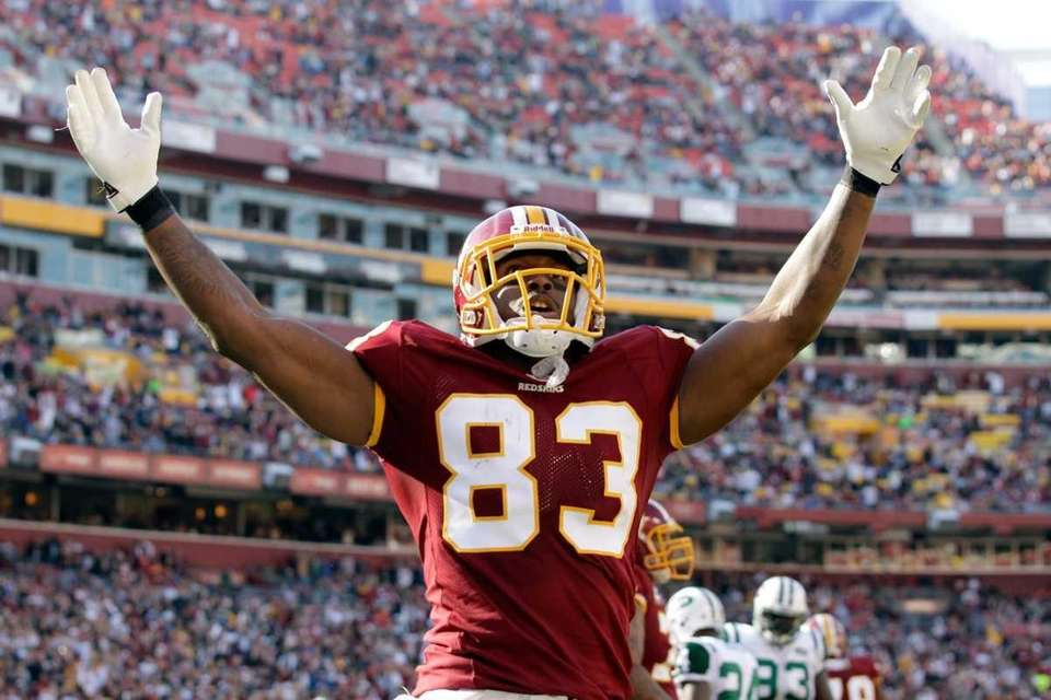 FRED DAVIS Position: Tight end Age: 26 Status: