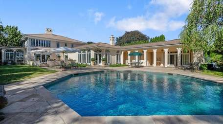 The house boasts a luxurious octagonal pool and