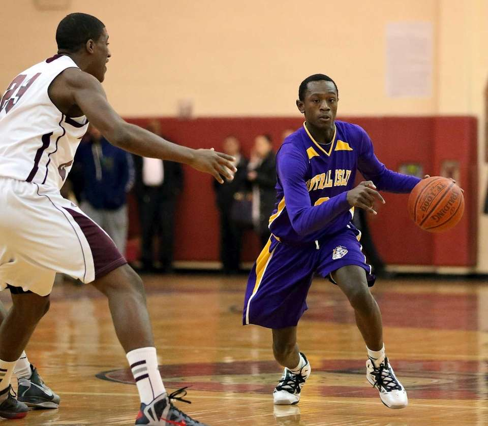 Central Islip's David McKenzie moves to the outside