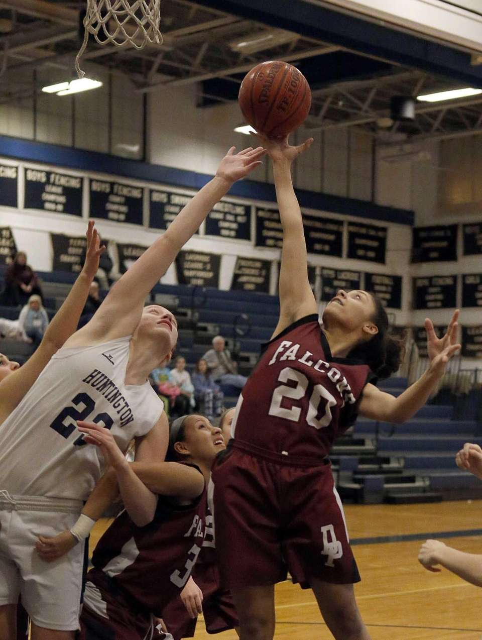Deer Park's Juliet Quirindongo (20) grabs the rebound