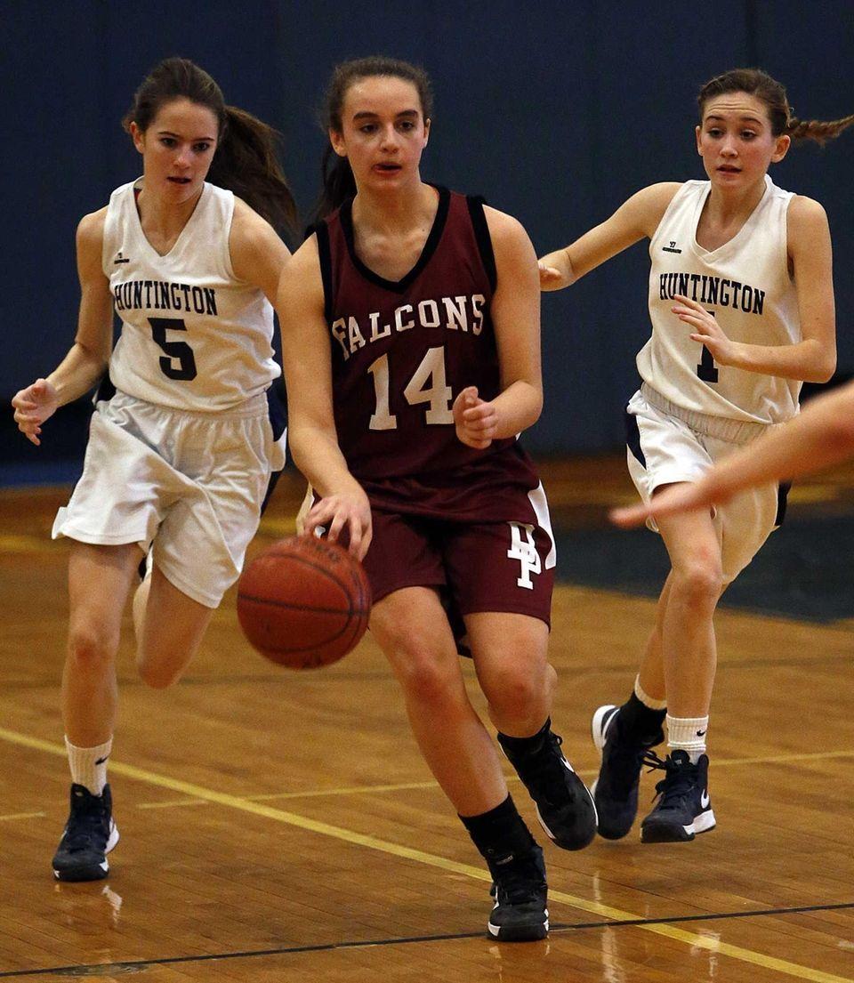 Deer Park's Sabrina Grunseich splits Huntington defenders Caitlin